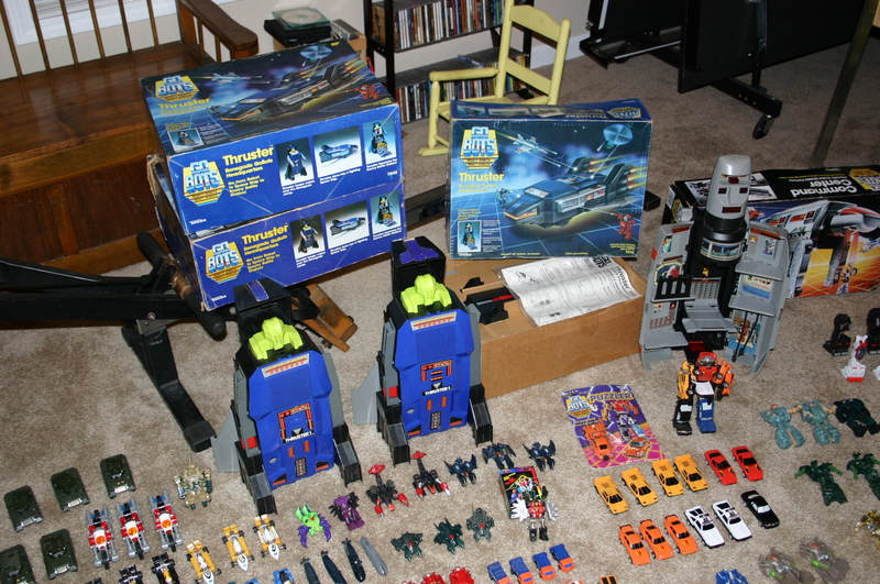 Command Center and Thrusters with boxes and accessories